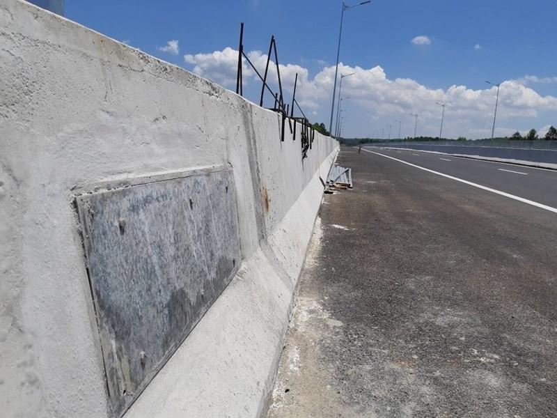 """Chuyên gia nói gì về """"bê tông cốt chuối"""" trên cao tốc Đà Nẵng - Quảng Ngãi? - 2"""
