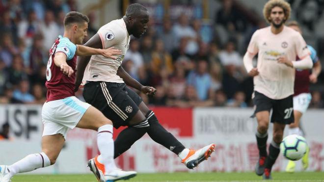 MU khủng hoảng hàng thủ: Chuyên gia hiến kế Mourinho gây sốc với Terry - 1