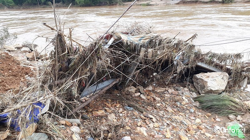 Thanh Hóa: Lũ dữ tàn phá tan hoang bên dòng sông Mã - hình ảnh 16