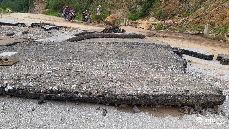 Thanh Hóa: Lũ dữ tàn phá tan hoang bên dòng sông Mã - hình ảnh 17