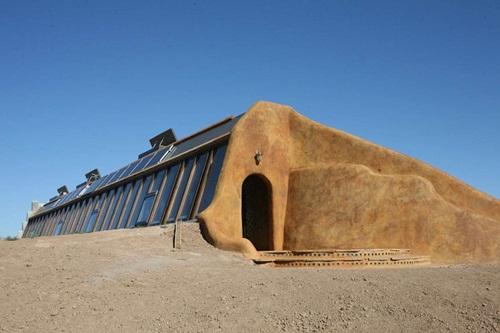 Cận cảnh những tòa nhà đẹp được xây bằng vật liệu tái chế từ rác thải - 5