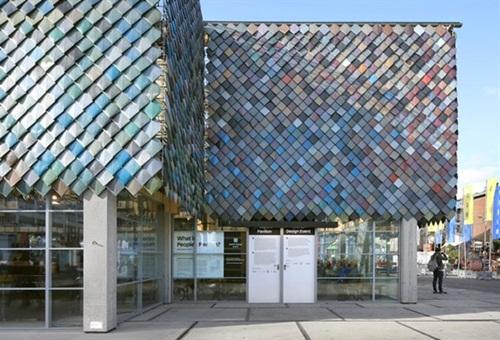 Cận cảnh những tòa nhà đẹp được xây bằng vật liệu tái chế từ rác thải - 8