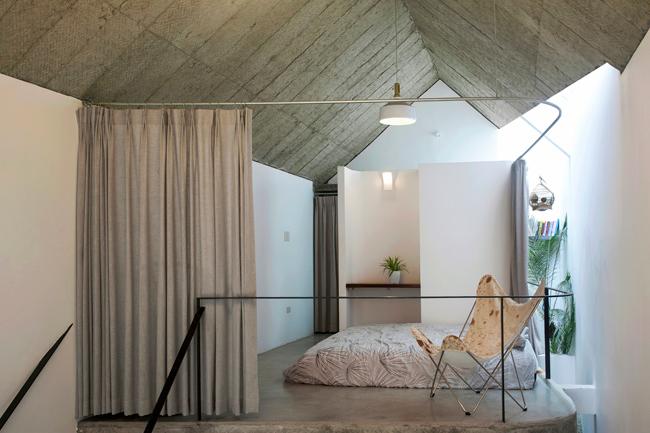 Căn nhà được thiết kế đơn giản nhưng cởi mở và đầy đủ tiện nghi.