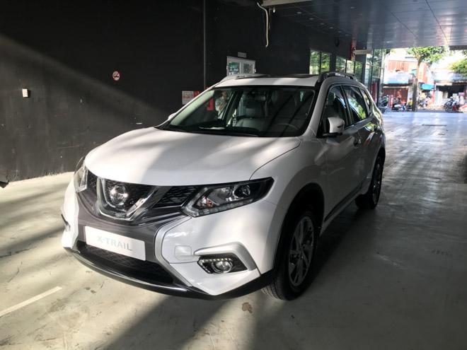 Giá xe Nissan cập nhật tháng 10/2018: X-Trail V-Series nâng cấp vượt trội, giá từ 976 triệu đồng - 2