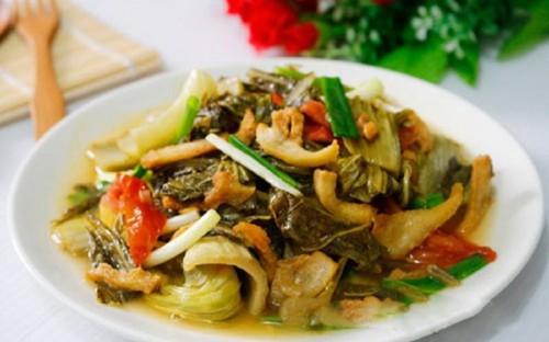 Dưa chua xào tóp mỡ ngon cơm ngày mưa - Ẩm Thực Việt Nam