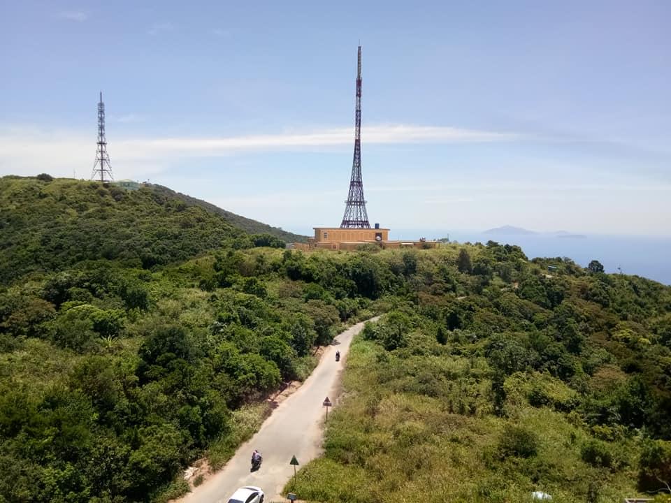 Cuối tuần chưa biết đi đâu, leo đỉnh Bàn Cờ đón gió biển Đà Nẵng - 2