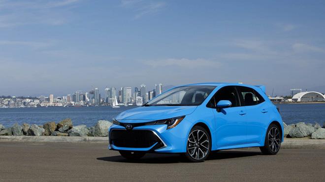 """Doanh số thảm hại, Toyota Auris đổi tên thành """"Corolla"""" để câu khách - 2"""