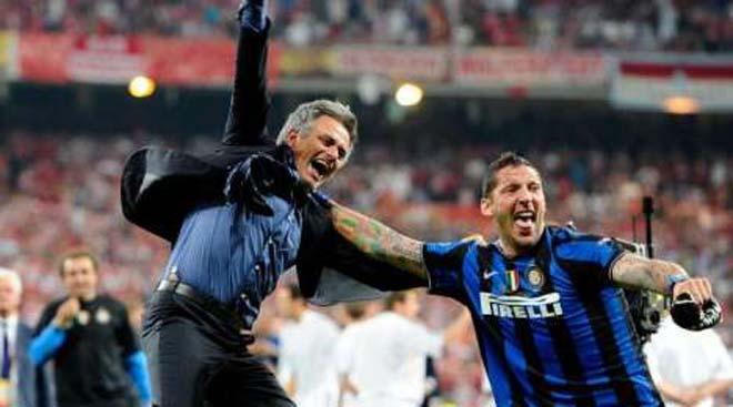 """Mourinho - MU và thời thế thay đổi: """"Cáo già"""" bất lực trước """"thỏ non"""" - 2"""