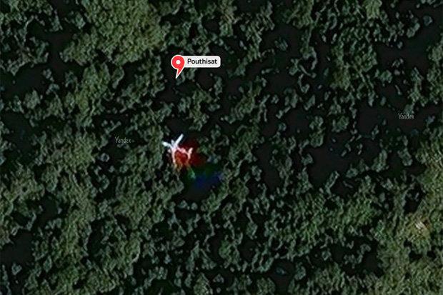 """Thêm dấu hiệu về máy bay """"MH370 gãy thân"""" trong rừng Campuchia - 2"""