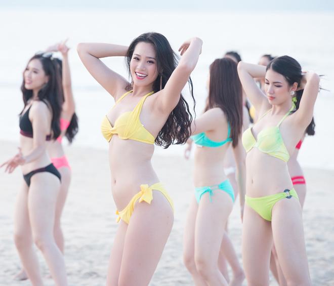 Top 43 Hoa hậu VN khoe dáng với áo tắm trước chung kết - 2