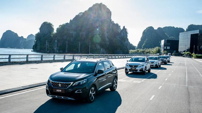 Giá xe Peugeot cập nhật tháng 10/2018: Sedan 308 giá từ 1,3 tỷ đồng - 1