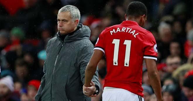 """3 năm Martial ra mắt MU: Từ """"Cậu bé vàng"""" đến kẻ bị Mourinho ruồng bỏ - 4"""