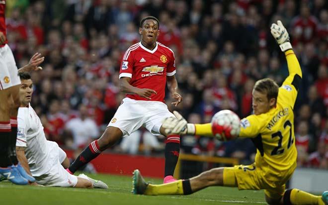 """3 năm Martial ra mắt MU: Từ """"Cậu bé vàng"""" đến kẻ bị Mourinho ruồng bỏ - 1"""