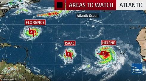 Mỹ: Siêu bão mạnh nhất trong 3 thập kỷ sắp trút 37 tỷ m3 nước? - 1