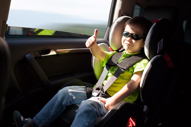 10 lưu ý cần nhớ khi chở trẻ em trên xe ôtô - 6