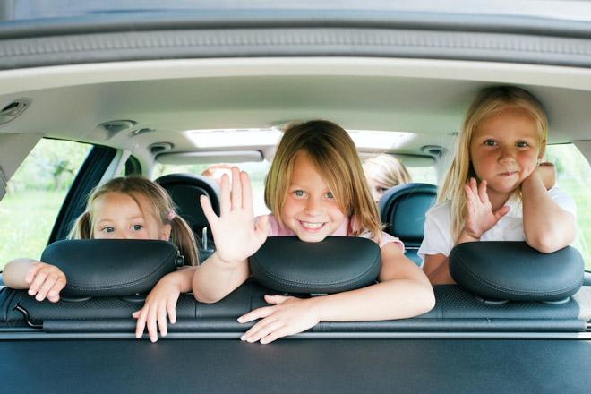 10 lưu ý cần nhớ khi chở trẻ em trên xe ôtô - 4
