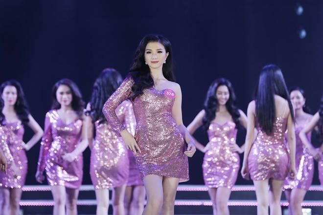 Nữ sinh 18 tuổi Quảng Nam đăng quang Hoa hậu Việt Nam 2018 - 16