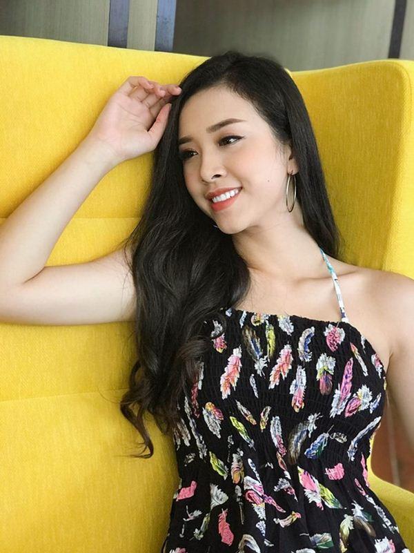 Dung mạo đời thường tuyệt xinh của Top 3 Hoa hậu Việt Nam 2018 - 9