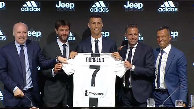 """Chấn động Juventus: UEFA điều tra """"bom tấn"""" Ronaldo, nguy cơ bật bãi Cúp C1 - 2"""