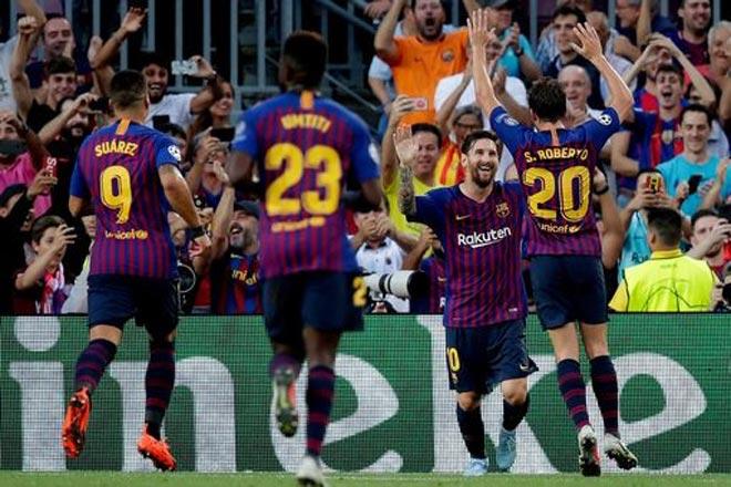 Messi bùng nổ hattrick cúp C1: Kỷ lục rực rỡ vượt Ronaldo, hơn cả lịch sử Man City - 2