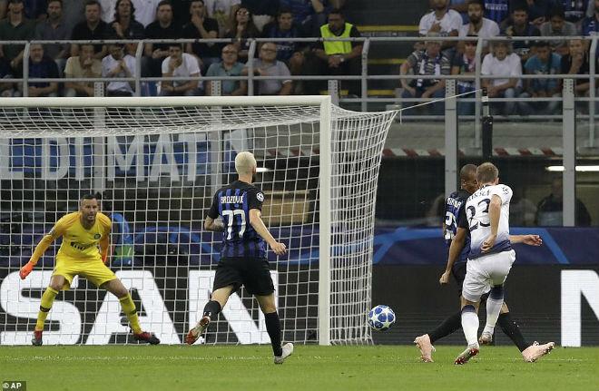 """Ấn tượng cúp C1: Messi """"hóa Thánh"""", Liverpool - PSG rượt đuổi khó tin - 3"""