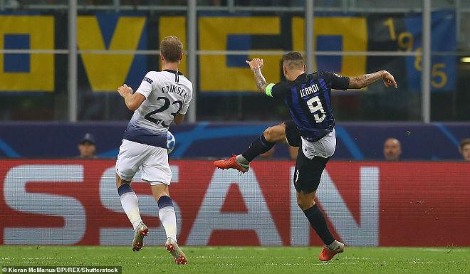 """Ấn tượng cúp C1: Messi """"hóa Thánh"""", Liverpool - PSG rượt đuổi khó tin - 4"""