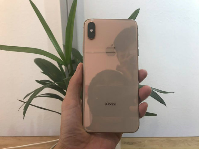 NÓNG: iPhone Xs Max Gold 256GB vừa về Hà Nội, giá 45,5 triệu đồng - 3