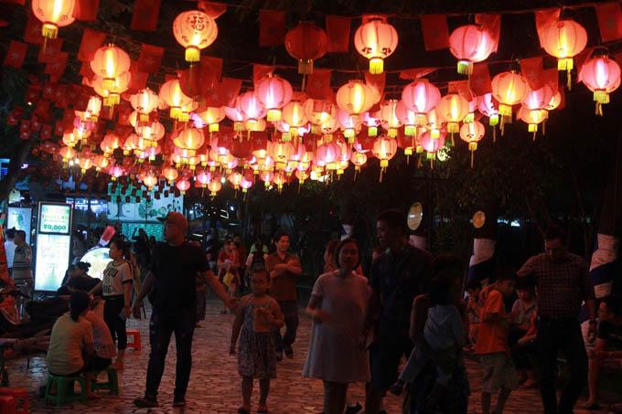 5 địa điểm vui chơi Trung thu không thể bỏ qua ở Sài Gòn - 3
