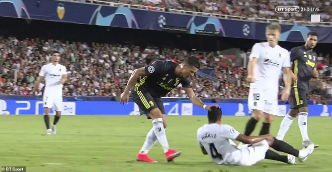 """FIFA The Best còn 2 ngày: Ronaldo sợ thua dễ """"mất tích"""", Messi góp mặt - 1"""