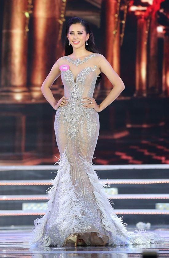 Đối thủ đẹp xuất sắc thế này, Tiểu Vy có cơ hội tại Hoa hậu thế giới? - 1