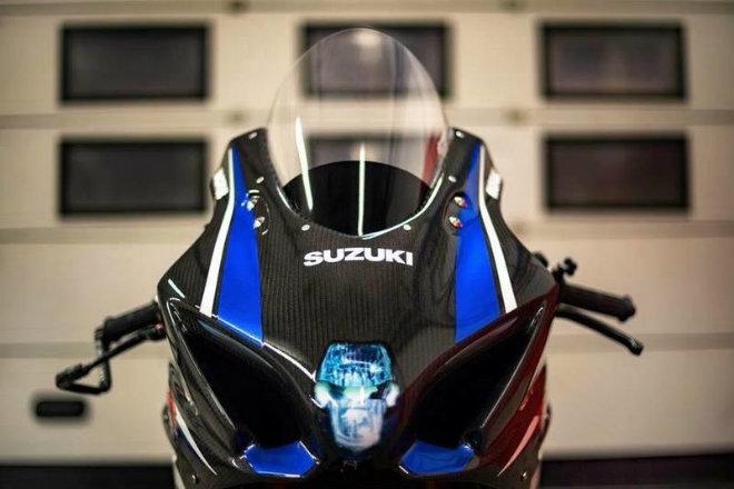 Choáng ngợp Suzuki GSX-R1000R carbon siêu hiếm, giá 816 triệu đồng - 3