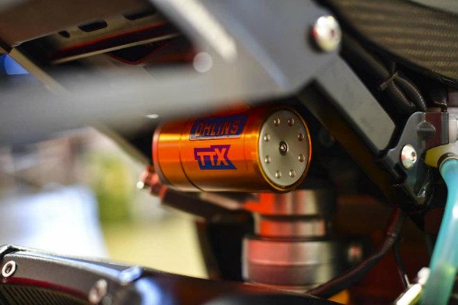 Choáng ngợp Suzuki GSX-R1000R carbon siêu hiếm, giá 816 triệu đồng - 8