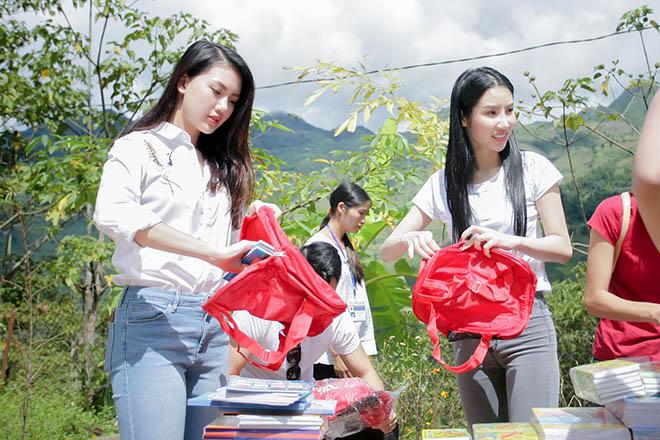 MC Phan Anh cùng vợ vượt hơn 300 km mang trung thu đến trẻ em vùng cao - 3