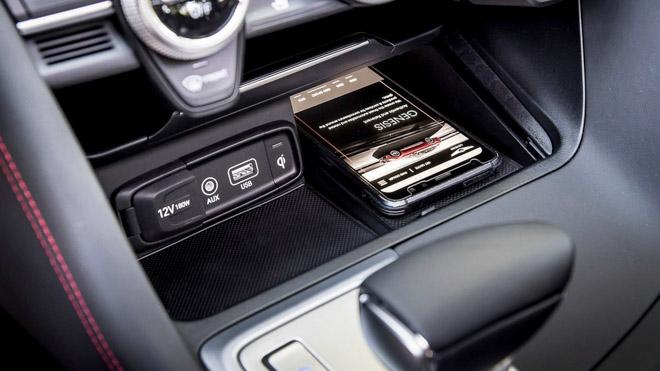Sedan hạng sang Genesis công bố giá từ 802 triệu đồng - 9