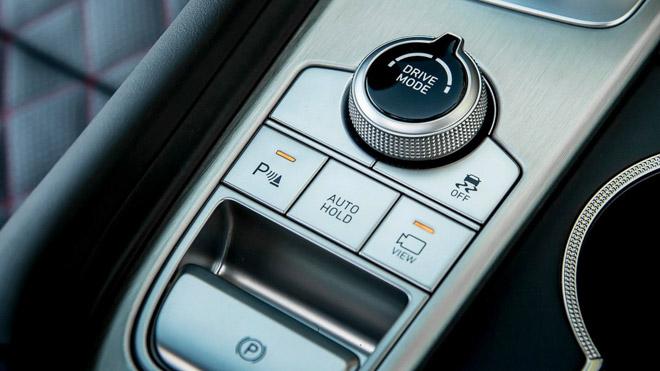 Sedan hạng sang Genesis công bố giá từ 802 triệu đồng - 10