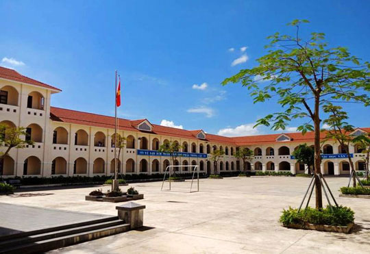 Những hình ảnh đẹp, gần gũi của Chủ tịch nước Trần Đại Quang với mái trường xưa - 3