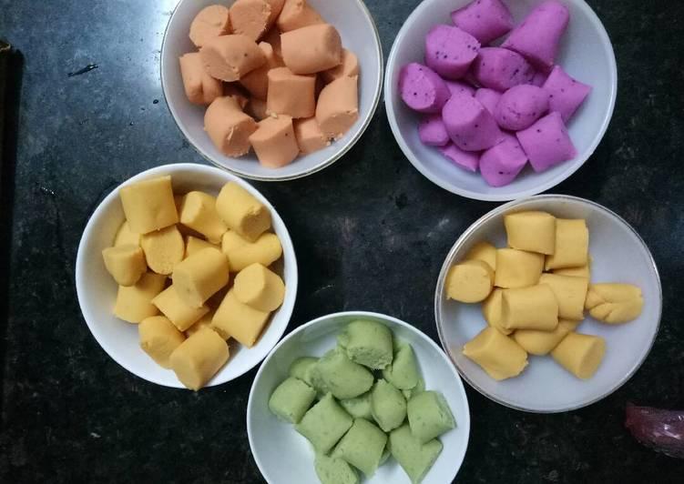Cách làm chè khoai dẻo hình bông hoa nhiều màu sắc - 4