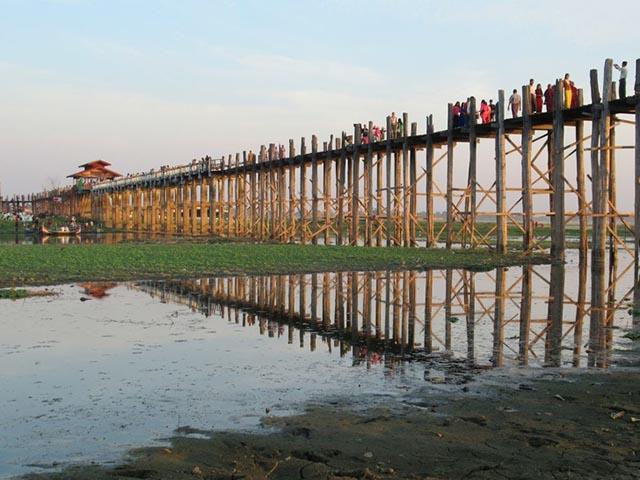 Du khách không thốt nên lời khi bước chân tới cây cầu nổi tiếng Việt Nam này - 9