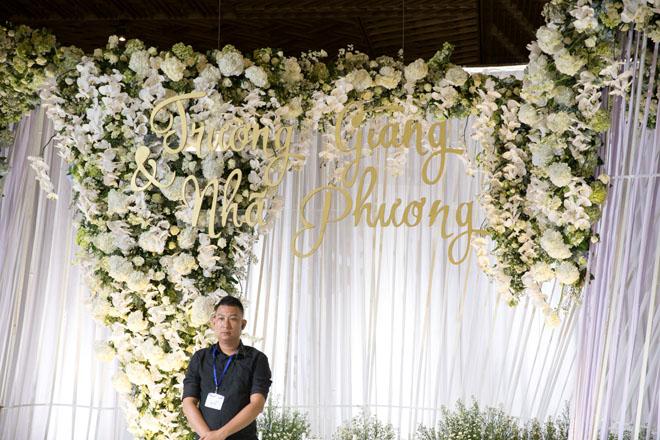 Trường Giang, Nhã Phương đãi tiệc đẹp không khác tiên cảnh, sao Việt đổ về tham dự - 21