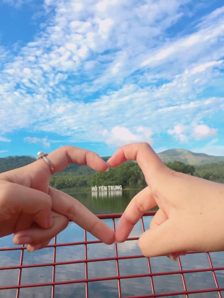 Hồ Yên Trung - điểm du lịch mới ngỡ trời Tây nơi đất mỏ Quảng Ninh - 3