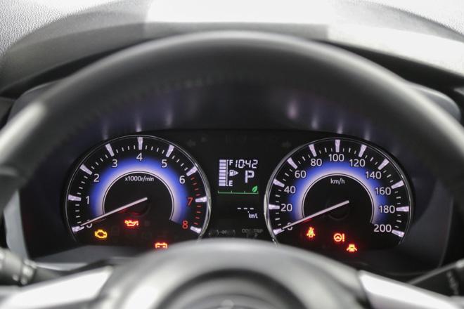 """Tìm hiểu chiếc """"tiểu Fortuner"""" Toyota Rush vừa ra mắt - 11"""