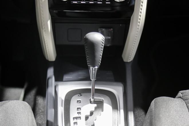 """Tìm hiểu chiếc """"tiểu Fortuner"""" Toyota Rush vừa ra mắt - 13"""