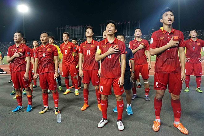 HLV Park Hang Seo tuyển quân dự AFF Cup: Bản danh sách bất ngờ? - 2