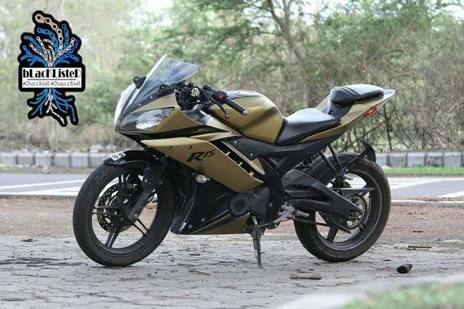 """Yamaha YZF-R15 Version 2.0 """"đẹp xuất sắc"""" trong màu đen vàng mờ - 10"""