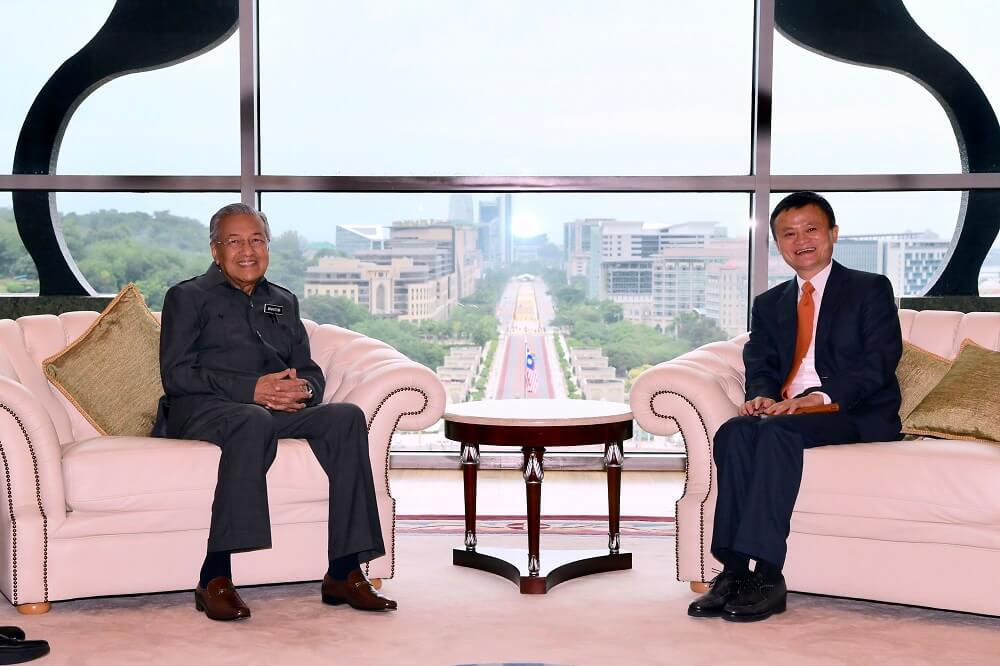 """Jack Ma: Một ông chủ """"bốc đồng"""" và sự rời bỏ """"đứa con cưng"""" bất thường - 2"""