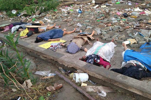 Sóng thần Indonesia quét qua lễ hội bãi biển, gần 400 người thiệt mạng - 2