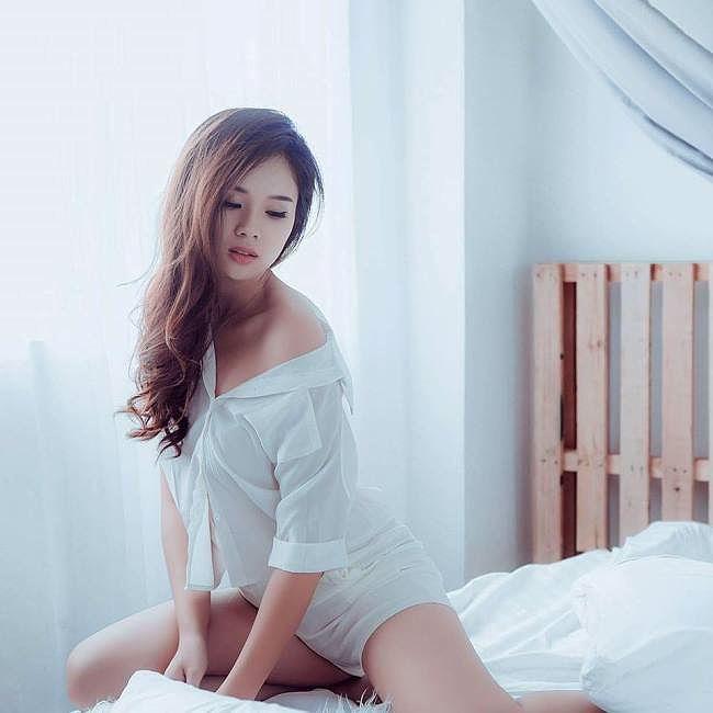 Bạn gái cầu thủ U23 lọt Chung khảo Miss World Việt Nam là ai?