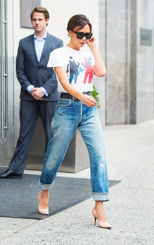 Học Victoria Beckham cách mặc quần jeans đi làm - 4