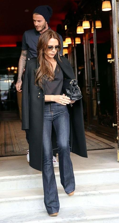 Học Victoria Beckham cách mặc quần jeans đi làm - 7