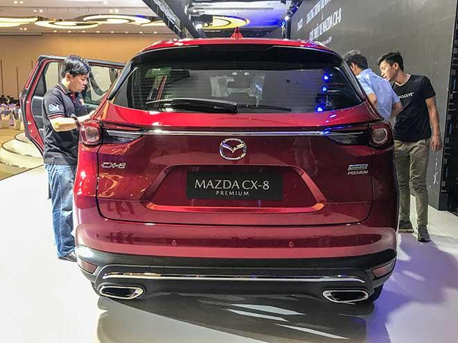 Cận cảnh chiếc SUV Mazda CX-8 tại buổi ra mắt khu vực phía Nam - 12